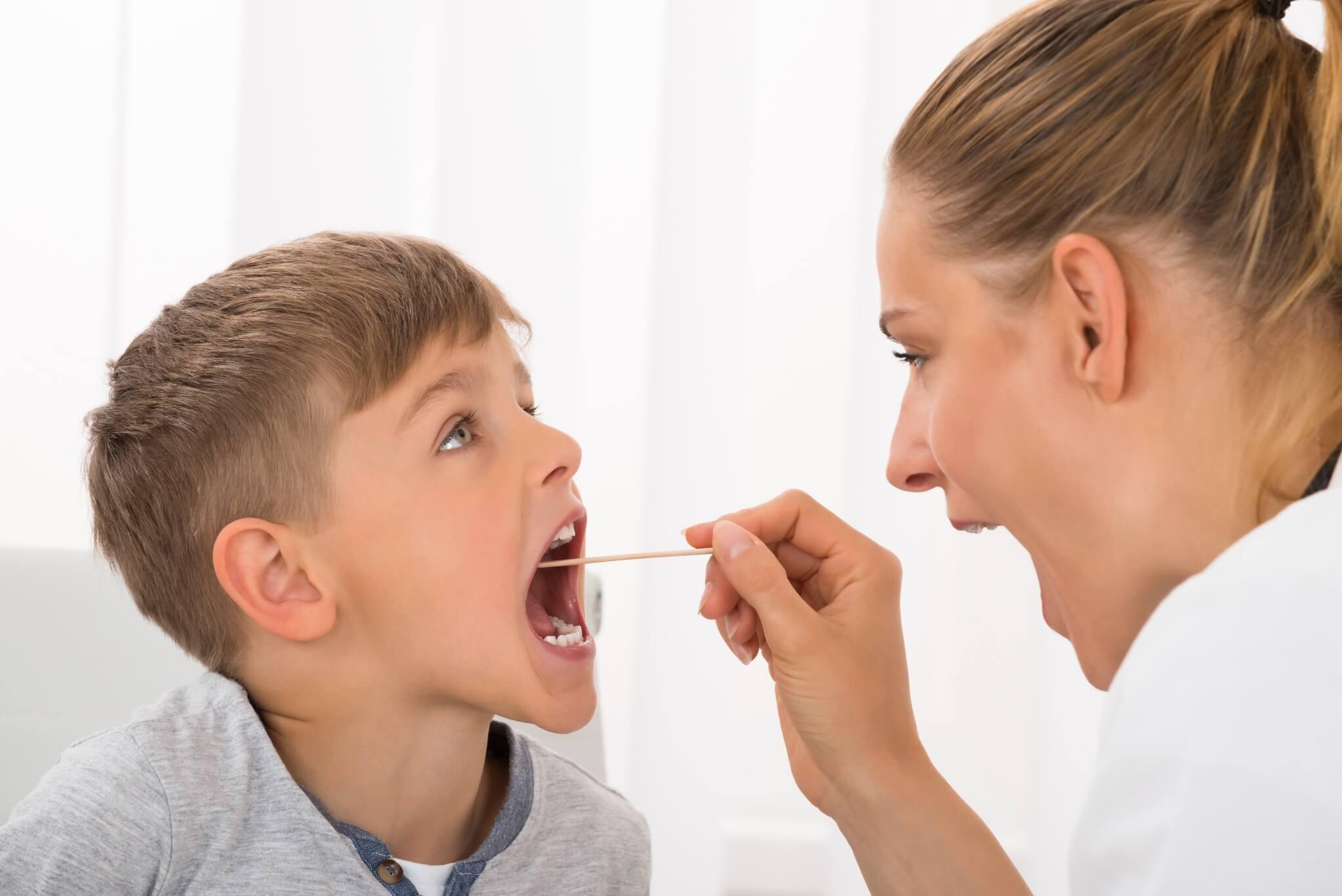sintomas-dolor-de-garganta